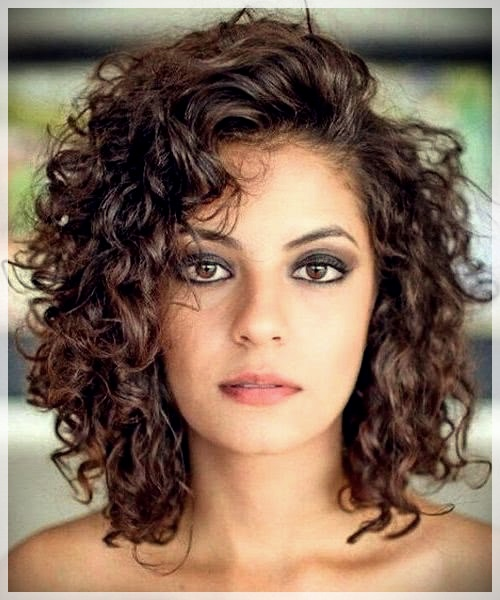 Curly or Wavy Haircuts 2019 - Curly or wavy haircuts 2019 15