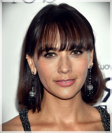 Haircuts with bangs 2019: photos and trends - Haircuts with bangs 2019 13