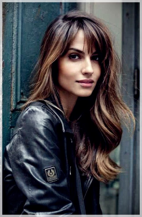 Haircuts with bangs 2019: photos and trends - Haircuts with bangs 2019 23