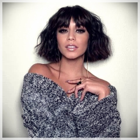 Haircuts with bangs 2019: photos and trends - Haircuts with bangs 2019 30