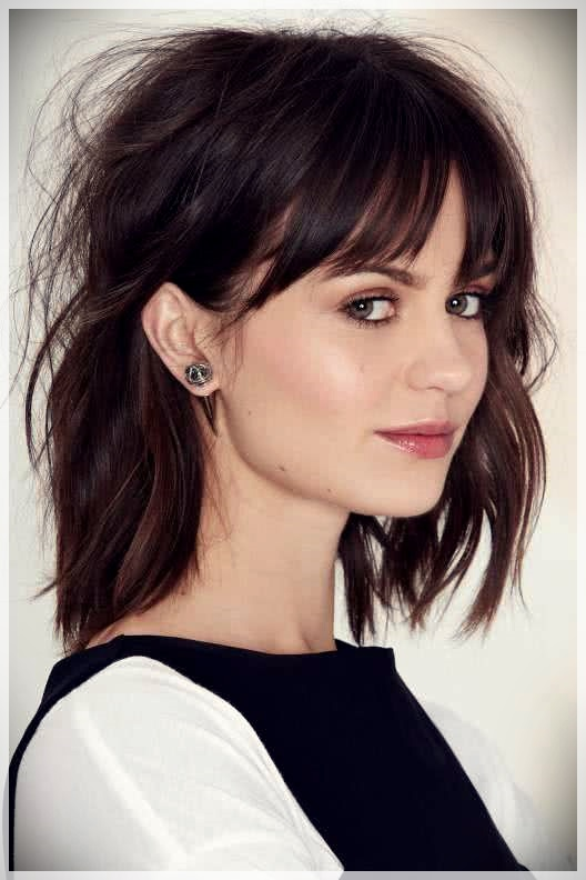 Haircuts with bangs 2019: photos and trends - Haircuts with bangs 2019 5