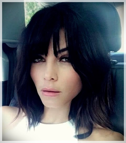 Haircuts with bangs 2019: photos and trends - Haircuts with bangs 2019 8