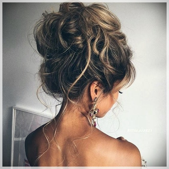 Updos 2019 fashion trends - updos 2019 31
