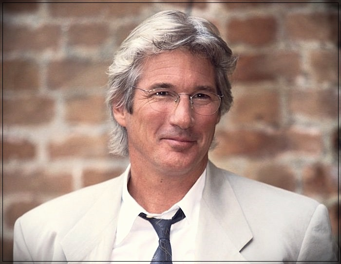 Gray hair man: trends, colors and shades of 2019 - Richard Gere
