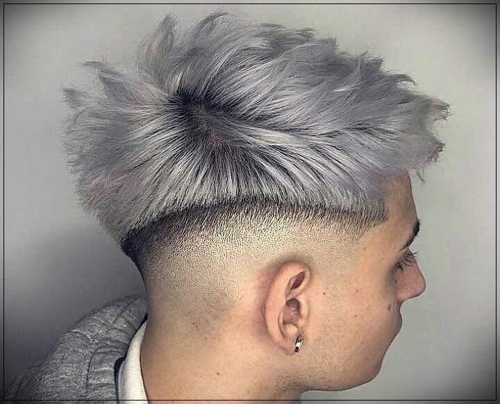 Gray hair man: trends, colors and shades of 2019 - gray hair man 13