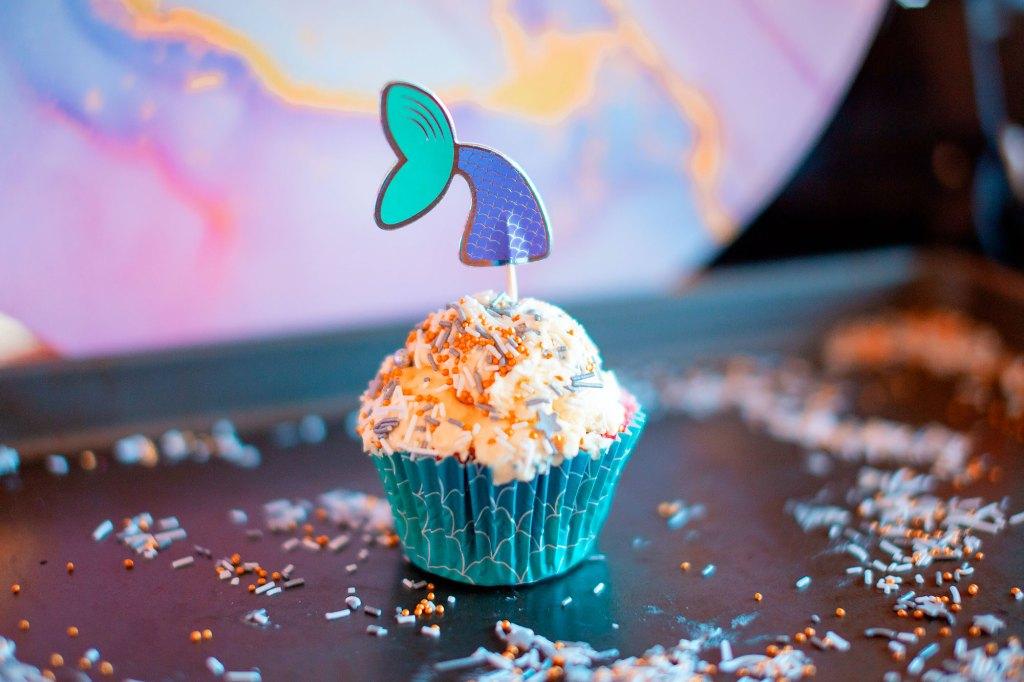 rainbow cupcakes example 1