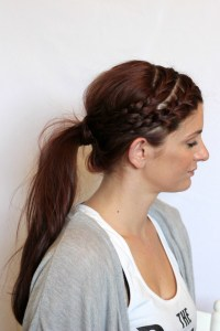 21 Approaches to Improve your Mom Ponytail | Hairstyles