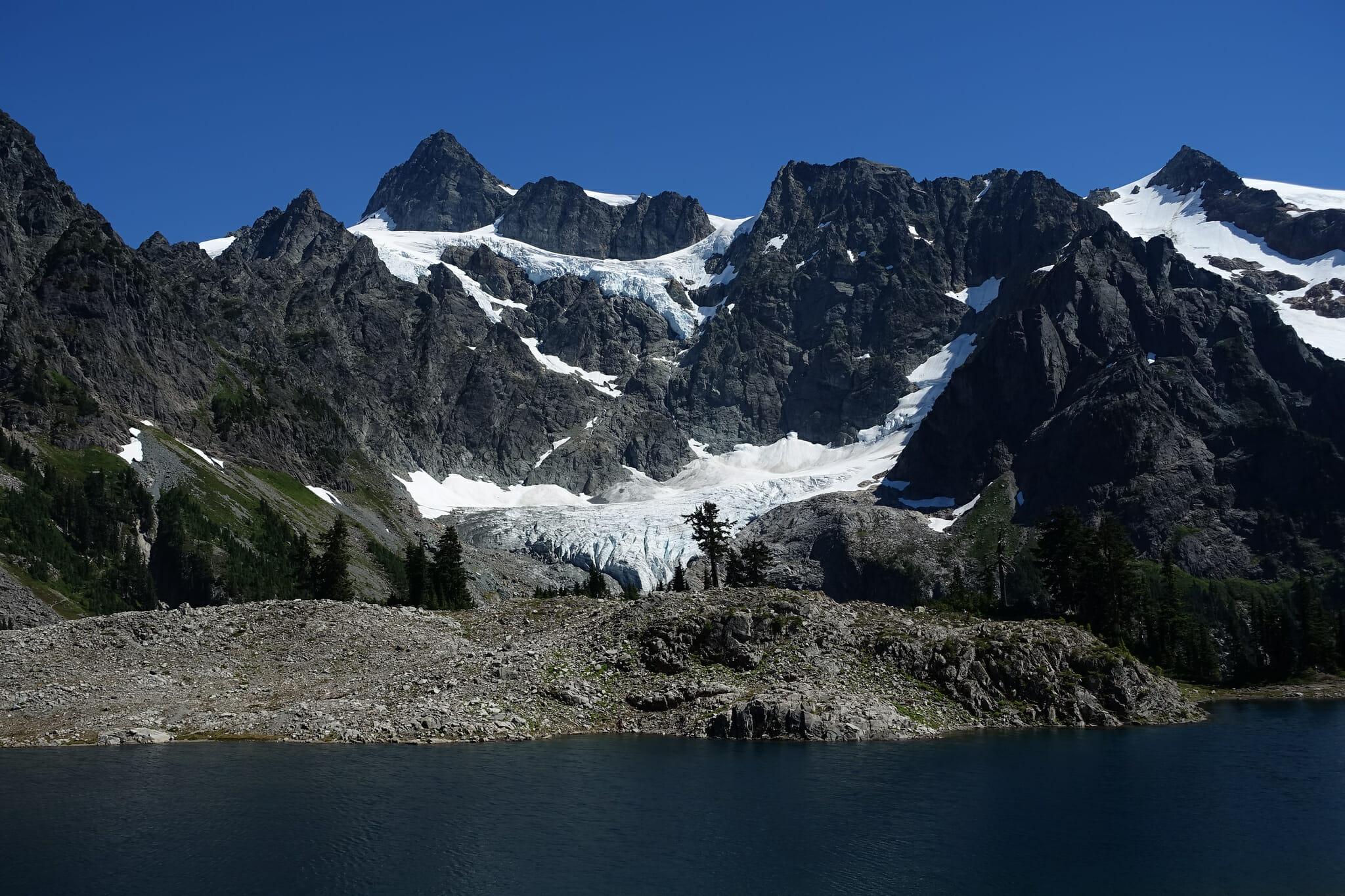 Lake Ann and Mount Shuksan
