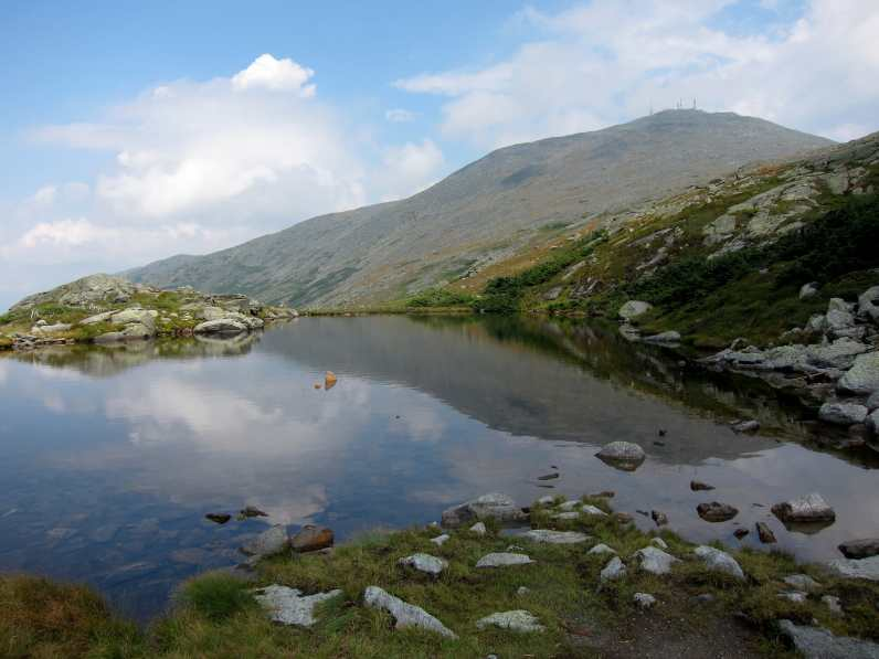 Mount Washington summit and reflection in a lake, from Lakes of the Clouds