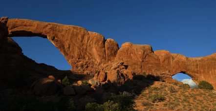 Spectacles arches at dawn, Arches National Park