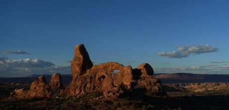Turret Arch at dawn, Arches National Park