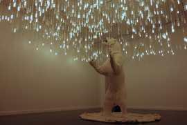 Yarn polar bear and lights at Musée de la Chasse et de la Nature