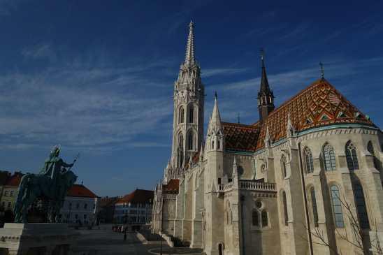 Matthias Church & Szent István szobra, Budapest