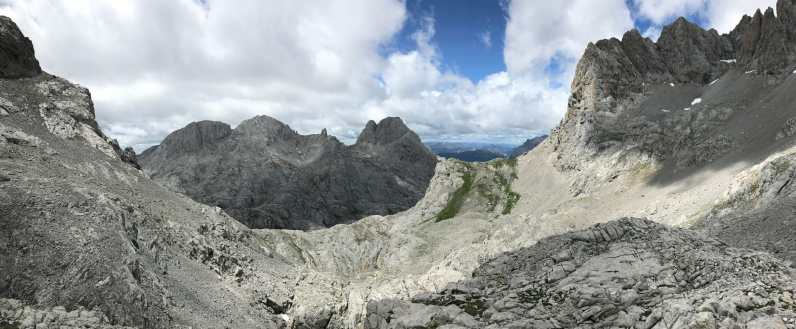 Panoramic from the pass at Collada Blanca