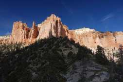 Hoodoos, cliffs, and forest on the Riggs Spring Loop