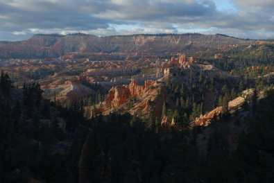 Morning light illuminates the Bryce Amphitheater, seen from Fairyview Point