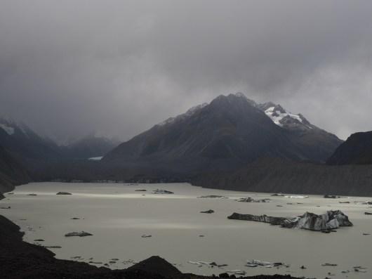 Haupapa / Tasman Glacier and Tasman Glacial Lake