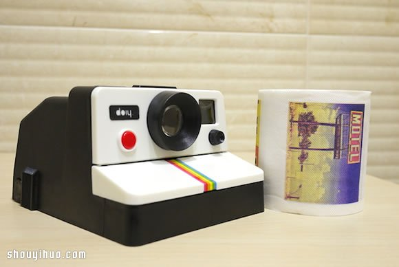 【 產品設計 】模仿拍立得的拉立得衛生紙架產品設計| 相機 | 惡趣味 - 創意愛分享-