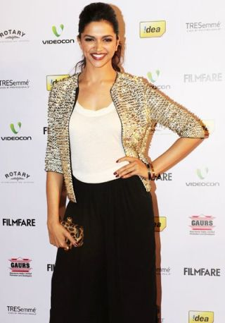 deepika-58th filmfare nominations-showbizbites