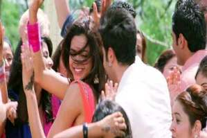 Yeh Jawaani Hai Deewani Crosses 100 Crore Profit in India