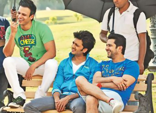grandmasti-working still-showbizbites