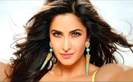 kat in dhoom 3-showbizbites