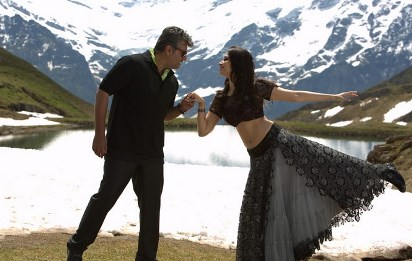 ajith with tamannah-veeram-showbizbites