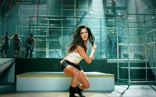 katrina-dancing-dhoom3-showbizbites
