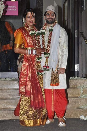 sameera reddy marriage picture-01