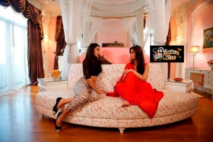 Nargis and Illeana in Main Tera Hero- showbizbites-01