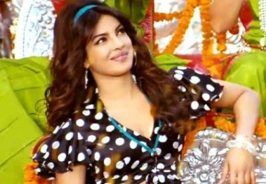 priyanka in gunday-showbizbites-01