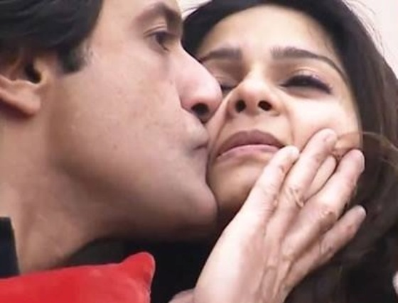 Armaan and Tanisha Kiss