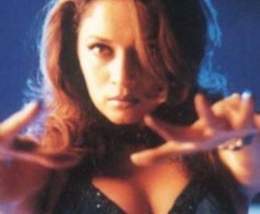 madhuri cleavage-showbizbites-01