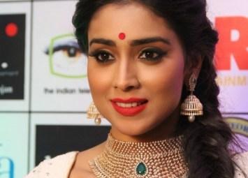 shreya at GR8 Women Awards-showbizbites-featured