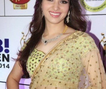 tamannaa at GR8 Women Awards-showbizbites
