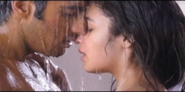 2 states hot scene-showbizbites-01