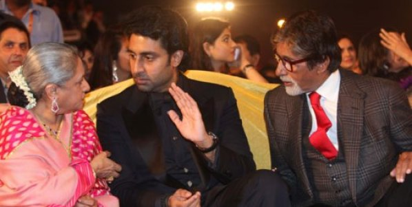 amitabh-jaya kiss-star screenawards-showbizbites-01