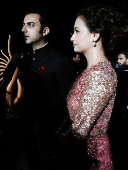 dia and sahil at IIFA 2014-Showbizbites