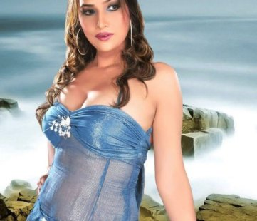 tanisha singh hot-showbizbites-07