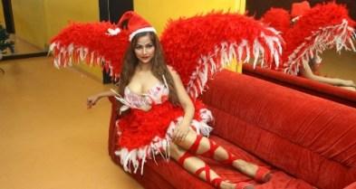 tanisha singh hot-showbizbites-09