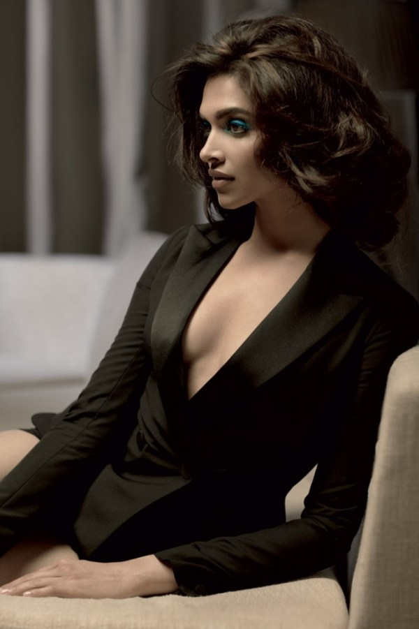 deepika hot pictures-showbizbites-06
