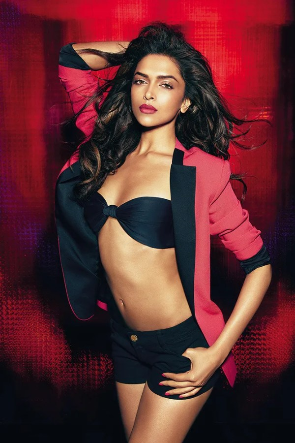 deepika hot pictures-showbizbites