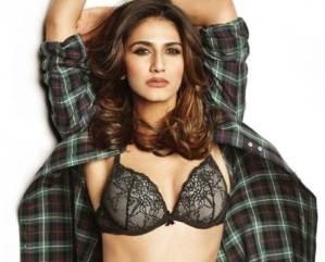 Dusky Beauty Vaani Kapoor Spicy Photos Gallery