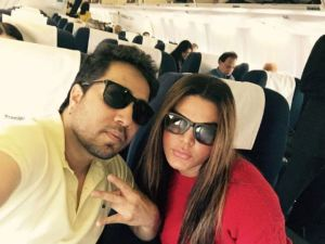 Photos: Worst Enemies Mika Singh and Rakhi Sawant Click Selfie Together