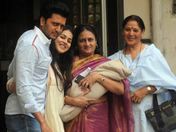 riteish's son pic-showbizbites-01
