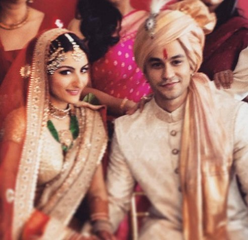 soha and kunal marriage picture-01