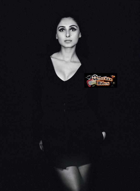 Pernia Qureshi Photos-05