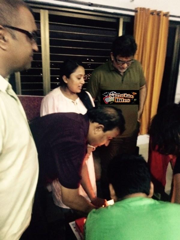 Juhi Chawala Celebrates Shabina Khan's Birthday-02