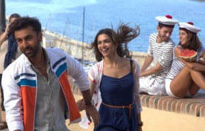 Tamasha's First Look DISAPPOINTS