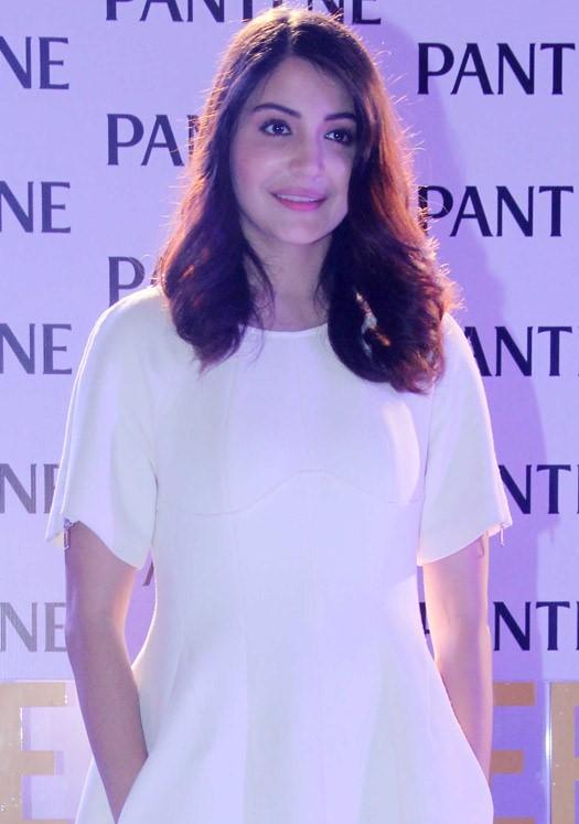 anushka sharma at pantene product launch